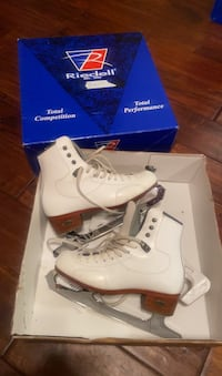 Riedell Ice skates. Size 3 1/2.