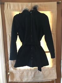 Black parka coat 1806 mi