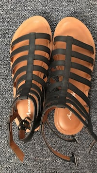 Women's black-and-brown american eagle strappy open-toe sandals