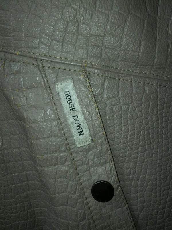 Genuine Vintage Goose down leather and furr jacket 836fd7ef-adc3-44b3-8f74-c5b0d626f07c