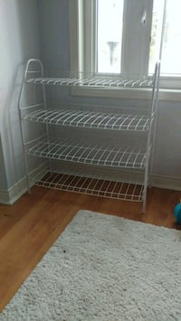 Shoe rack, holds 12 to 15 pairs of shoes Markham, L3T 0A7