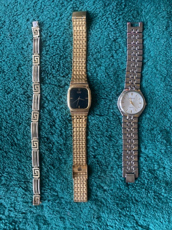 Wrist Watch (Watches) and Bracelet d64ca934-6ea1-4a97-a100-1cdb905f16fe