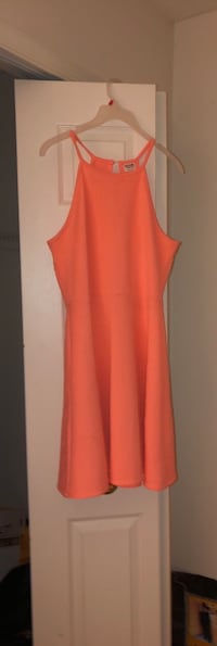 Peach halter dress.  Randallstown, 21133