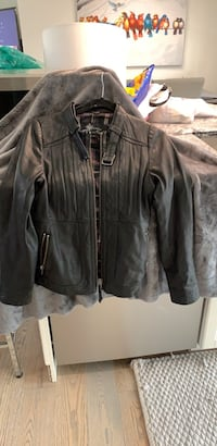 Black leather zip-up jacket Calgary, T2H 0T5