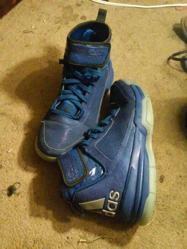 c8e120222a1 Used selling 3 pairs of shoes for sale in South Bend - letgo