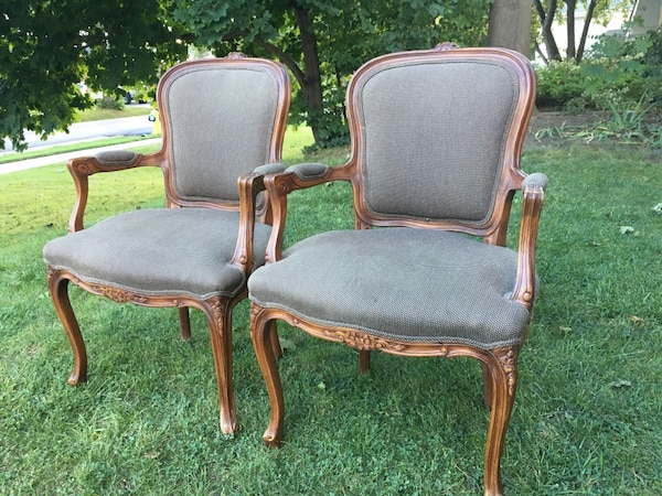 Delivery-pair of antique French chairs