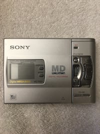 Sony Walkman MZ-R50 brand new never used.  Great deal