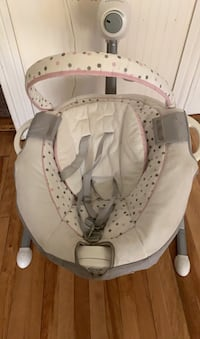 Baby swing and vibration Worcester, 01607