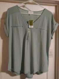 Ladies green top New size large Santa Maria, 93454