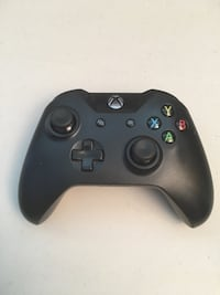Xbox one controller Annandale, 22003