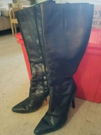 Nine West leather boots size 8.5 Toronto, M4A 1A5