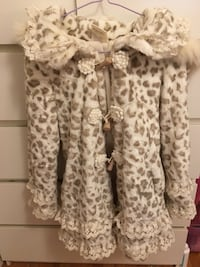 Cute jacket brand new Small size Vancouver, V5R 5E3