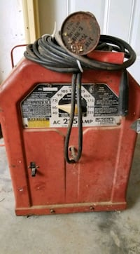 Lincoln 220amp Ark. Welder And leads Lawrence, 66044