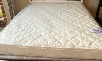 Queen size pillow top mattress plush comes with boxspring serious buye