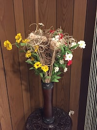 Flowers and Wood vase Rockville, 20850