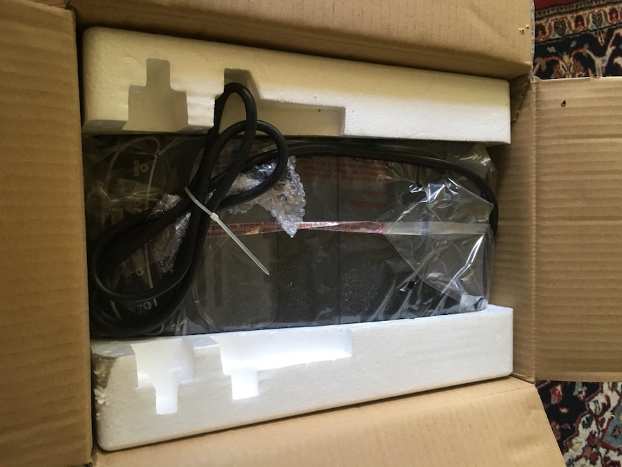 Igloo Ice 101-Black Countertop Ice Maker Black : Description Still in the box. Never used. Paid 170$. Reasonable offers ...