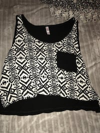 black and white floral tank top Omaha, 68105