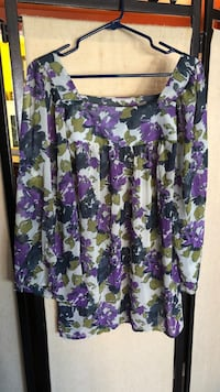 Top shirt floral Size M Frederick, 21704