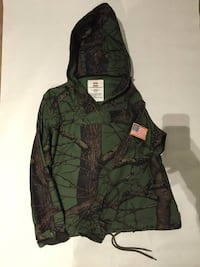 Supreme tree camo fall jacket Toronto, M6H 2J3