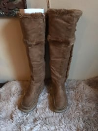 New Suede Boots size 7