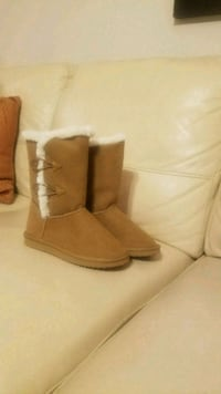 Girls size 2 boots- NEW Morningside, 20746