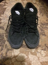 pair of black Air Jordan basketball shoes London, N6J 2C6