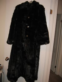 Dennis Basso Warm Faux Fur Full Length Coat 550 km
