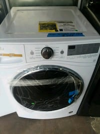Whirlpool washer brand new scratch and dent  4 mon Laurel, 20707