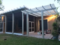 Insulated aluminum roof w/ a Santa fé alumawood cedar embossed kit