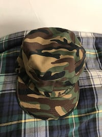 Black and green camouflage cap Vancouver, V6H 1S7