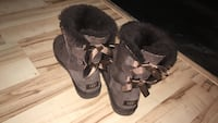 gray ugg animal skin snow boots Lexington Park, 20653