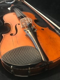 Antique Violin w case and bow.
