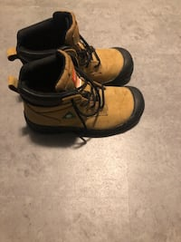 Size 9 steel toe work boots