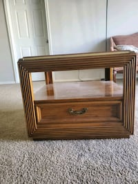 Coffee table / side table