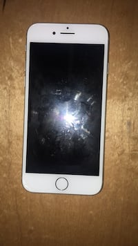 iPhone 8 selling for parts Calgary, T3K 0J1