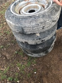Camper trailer wheels and tires