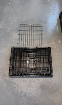 "24"" folding dog crate with divider"