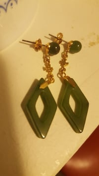 Natural cut and polished stone earrings Caledon, L0J