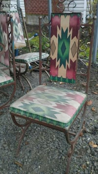 brown wooden framed white and green floral padded chair Eugene, 97408