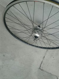 gray bicycle rim Pasadena, 91101