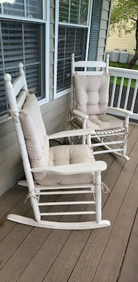 Pair of porch rocking chairs with cushions. Laurel, 20724