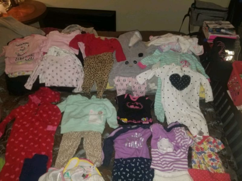 3-6mnth&6mnth babygirl clothes some brand new W/tags dd3aebe0-2d18-4a19-9484-2fff49a7dead