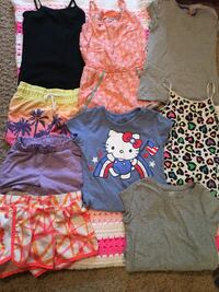 assorted clothes Waverly, 50677