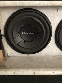 black and gray Pioneer subwoofer Washington, 20002