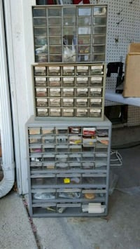 metal tool cabinet with hardware included  Anaheim, 92807