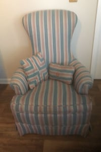 Accent chair  Myrtle Beach, 29575