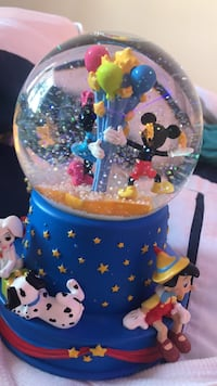Disney mickey mouse, minnie mouse, and pinocchio water globe Los Angeles, 91367