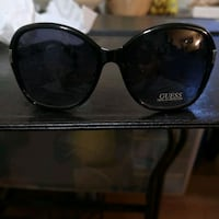 guesss sunglasses  new with tags