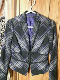 Beautiful Blazer small size Calgary, T3C 1Y4