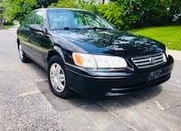 Black ' 2000 Toyota Camry w Leather Seats , Sunroof Low Miles